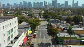 Антенны 4k Майами Отснятый видеоматериал трутня Calle Ocho сток-видео