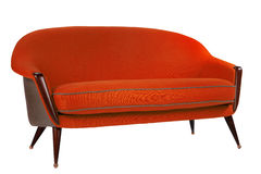 Антиквариат стиля шестидесятых годов софы ретро стиля красный Стоковое Изображение RF