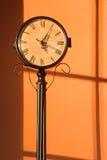 античная вертикаль часов Стоковые Изображения
