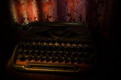 античная машинка Винтажное фото крупного плана машины машинки Стоковые Фотографии RF
