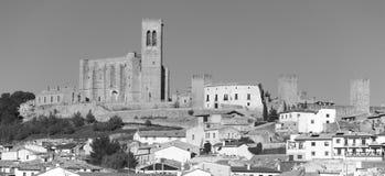 Античная средневековая деревня Artajona Navarra, Испания стоковое изображение