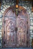 Античная средневековая деревянная дверь: концепция для входа, ворот Стоковые Фотографии RF