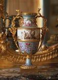 Античная французская ваза стоковое изображение rf