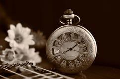 античное карманн часов Стоковые Изображения