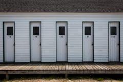 Античные главные шкафчики пляжа стоковое изображение