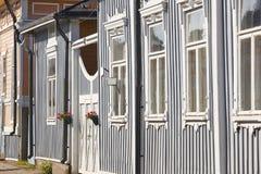 Античные деревянные красочные фасады в Rauma Финляндия ЮНЕСКО Herita стоковые фото
