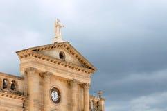 Античные церковь и часы Стоковые Изображения
