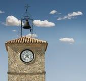 Античные часы на здании стоковые фотографии rf