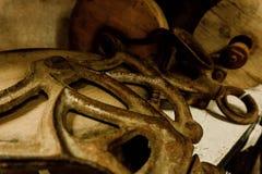 Античные шкивы с выдержанным металлом стоковое фото