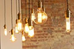 Античные электрические лампочки стоковая фотография rf