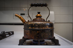 Античный винтажный бак чая Стоковая Фотография