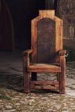 Античный деревянный стул в замке Стоковое Фото