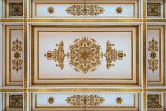 Античный и барочный потолок стоковая фотография