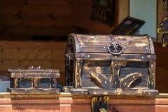 античный комод деревянный Стоковые Фото