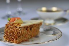 Античный комплект кофе с тортом моркови Стоковая Фотография RF