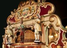 Античный немецкий играть органа ярмарочной площади стоковые фотографии rf