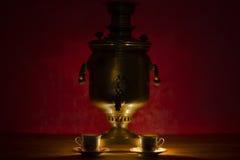 Античный самовар Тулы: русский национальный чайник Стоковое Изображение RF