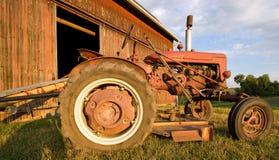 античный трактор Стоковые Изображения