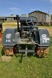 Античный трактор International 8-16 Стоковая Фотография