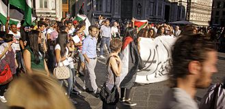 Анти--израильский протест для того чтобы закончить военный удар Газа стоковые изображения rf