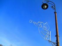 Анджел играя трубу, Kamenets Podolskiy, Украину Стоковое Изображение