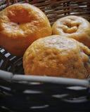 Апельсины в ведре стоковая фотография rf
