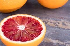 Апельсины крови на сером шифере Стоковое Изображение
