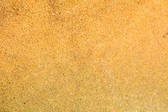 Апельсин и коричневый цвет каменной картины предпосылки красивый в море Пхукете Таиланде Азии Стоковое Изображение RF
