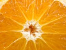 Апельсин крупного плана половинный Стоковые Изображения