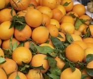 Апельсин на рынке стоковая фотография rf