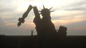 Апокалипсис США, Америки Вид с воздуха разрушенного Нью-Йорка, статуя свободы Концепция апокалипсиса супер иллюстрация вектора