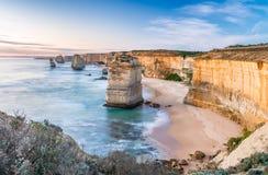 12 апостолов на восходе солнца, изумительном естественном ландшафте большого o Стоковое Изображение