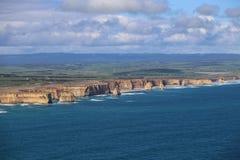 12 апостолов принятых от вертолета в национальном парке campbell, Австралии Стоковая Фотография RF