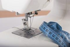 Аппаратура портноя швейных машин измеряя Стоковое Изображение