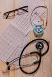 Аппаратуры измерения здоровья сердечно-сосудистой системы Стоковая Фотография