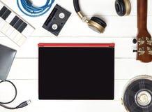 Аппаратуры продукции музыки компьютера Стоковое фото RF