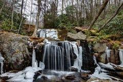Аппалачский парк водопадов в Newland, Северной Каролине Стоковая Фотография RF
