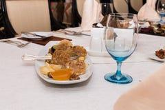 Аппетитная еда на таблице банкета стоковые изображения rf