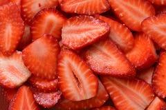 Аппетитная текстура состоя из отрезанных зрелых ягод лета стоковое изображение