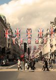 Апрель 2018 Правящая улица, Лондон Великобритания стоковые изображения rf