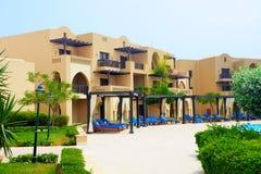 Арабские виллы стиля в роскошной гостинице Стоковые Изображения RF