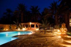 арабский бассеин гостиницы вечера Стоковое Изображение RF