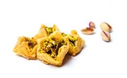 Арабский десерт при изолированная фисташка Стоковые Фото