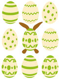 Аранжированные пасхальные яйца пасхи - Стоковая Фотография RF