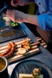 Аранжировать еду в ресторане стоковые фотографии rf