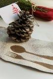 Аранжировать таблицу для концепции зимних отдыхов стоковые фотографии rf