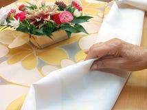 Аранжировать ткань таблицы стоковое фото