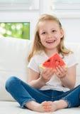 арбуз девушки счастливый маленький Стоковое Изображение