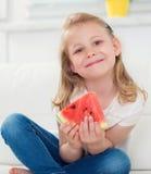 арбуз девушки счастливый маленький Стоковое фото RF
