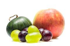 Арбуз Яблока и виноградины различных разнообразий стоковые изображения rf